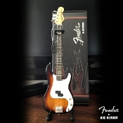 Fender P-Bass sunburst w/white. Cardboard case and std
